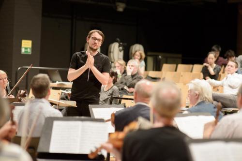 Das kritische Orchester-6524
